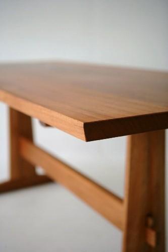 Mahogany Trestle Table Trestle Table Detail 1